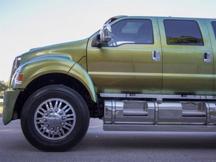 Экстремальный гигант Ford F650