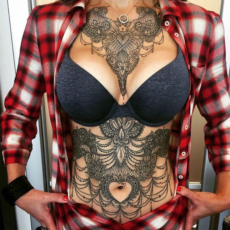 Изящные женские татуировки от итальянского художника Марко Манзо