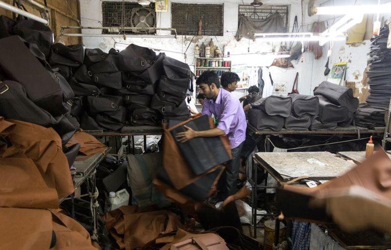 Работа в индийских подвальных мастерских