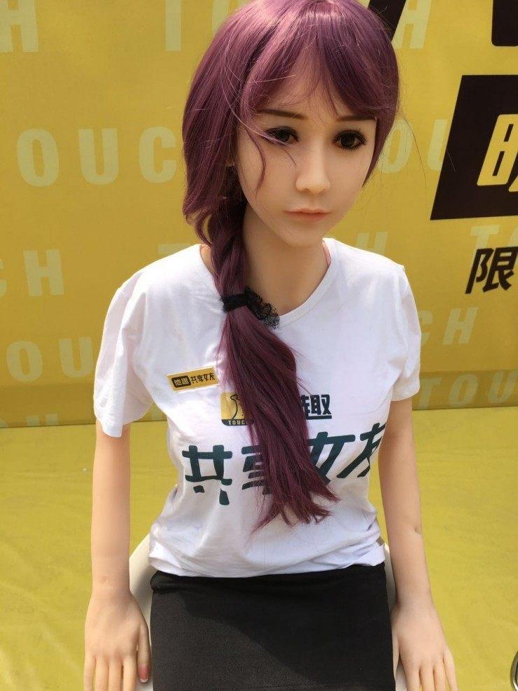 Китайский стартап: секс-куклы в аренду