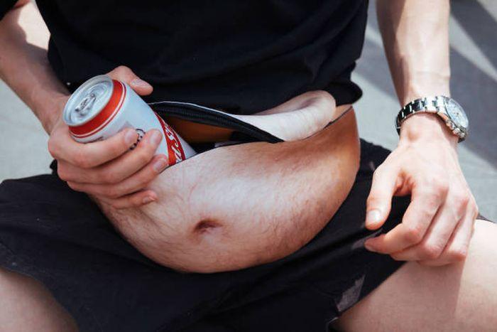 Поясная сумка пивной живот