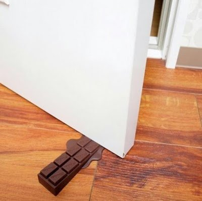 Необычные дизайнерские дверные ограничители