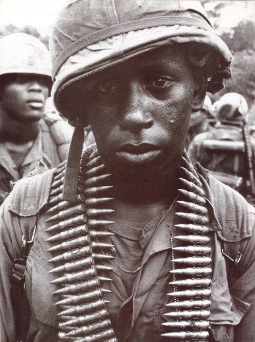 Взгляд солдат, переживших тяжелые события