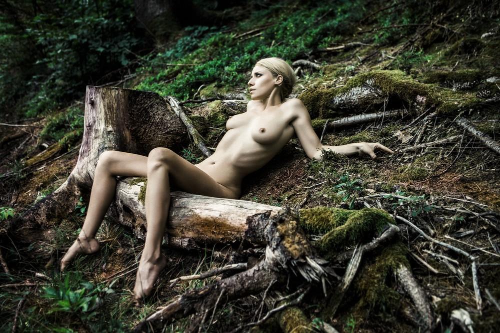 Австрийский фотограф Флора П. снимает себя