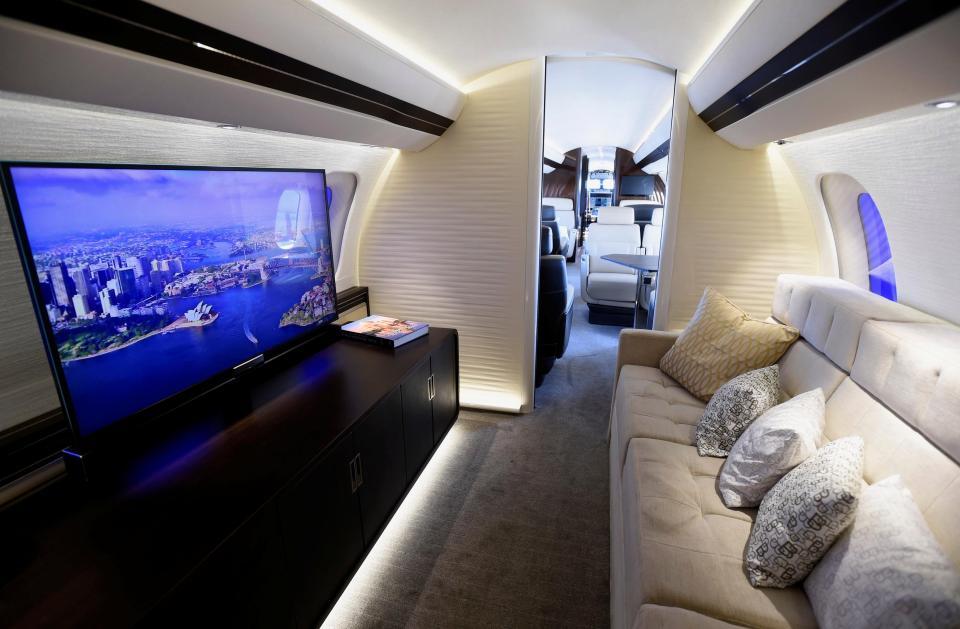 Крупнейший частный самолет Global 7000
