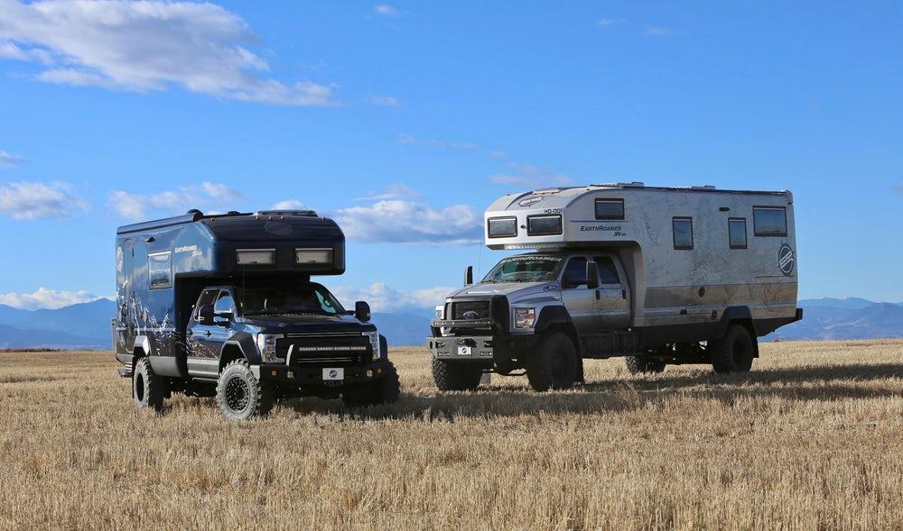 Комфортный дом на колесах на базе Ford
