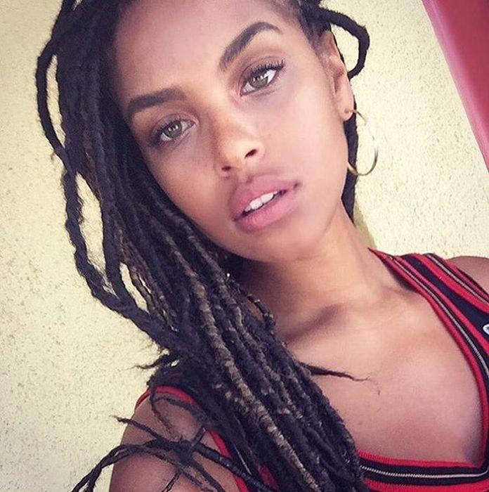 Красивые темнокожие девушки