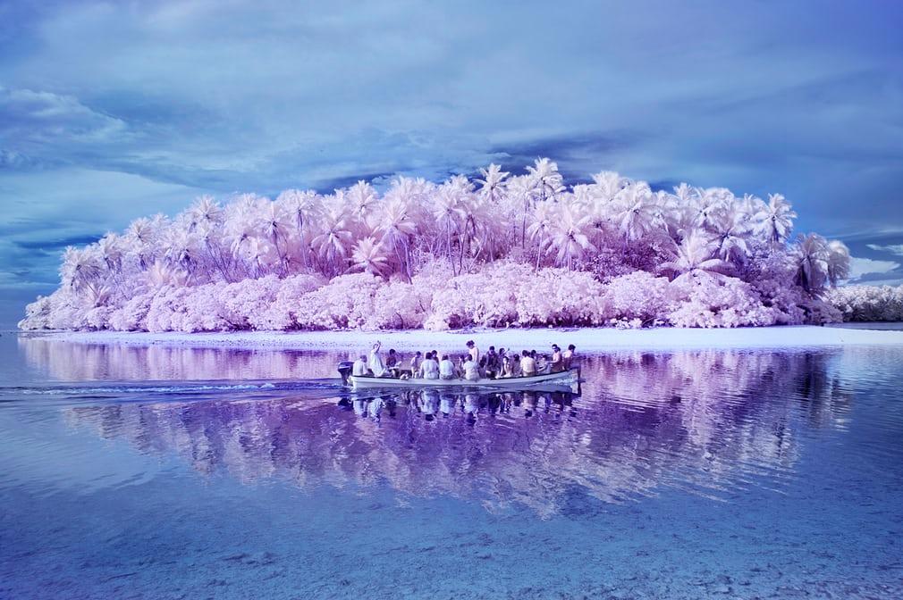 Остров людей-дальтоников