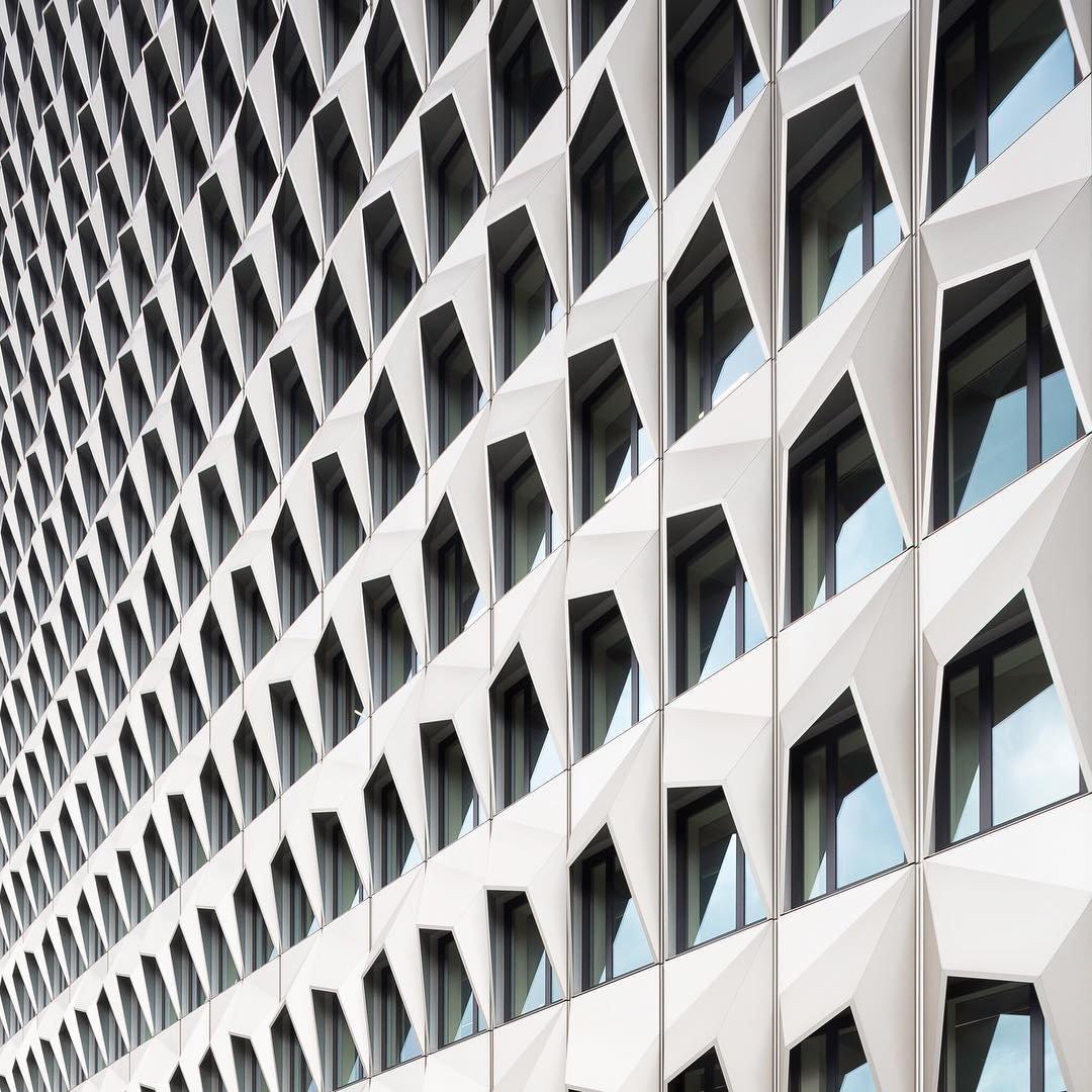 Минималистичные архитектурные фотографии от Кевина Краутгартнерса