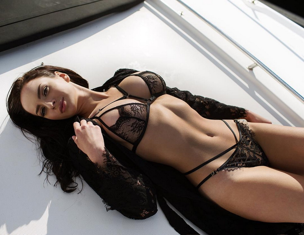 девушек секс нижнем белье в фотографии