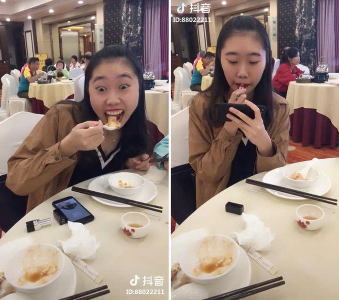 Девушки едят и пьют так, чтобы не испортить губную помаду