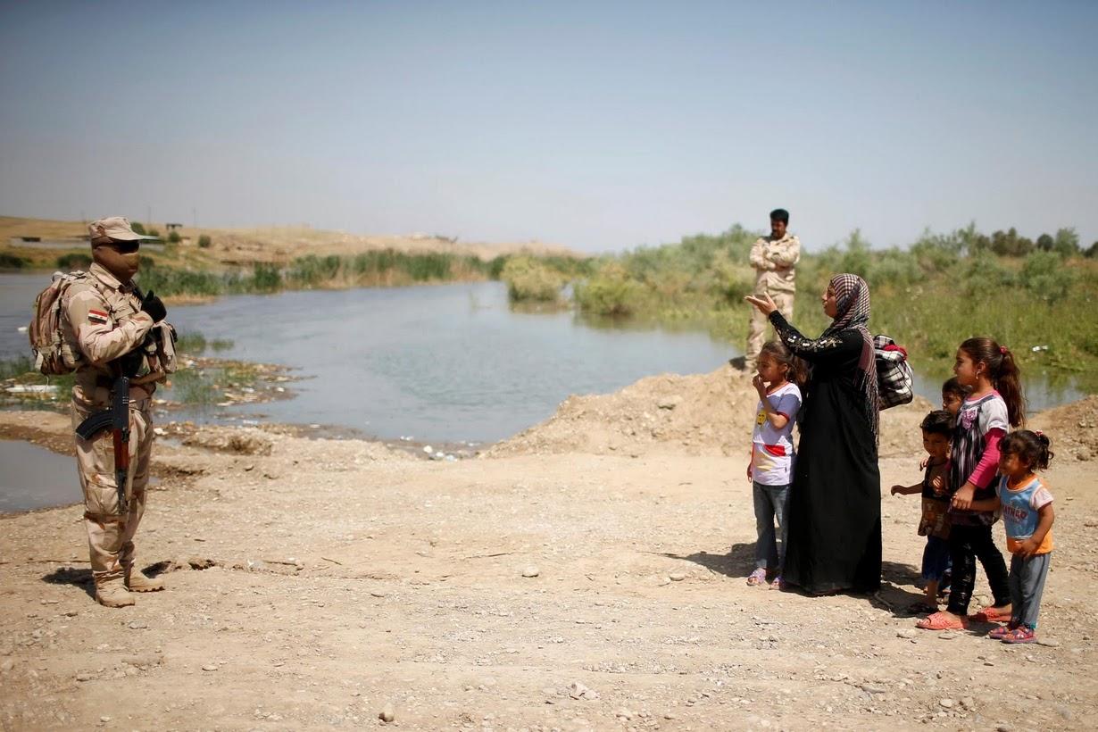 Душераздирающие снимки, сделанные во время боёв за Мосул и Ракку