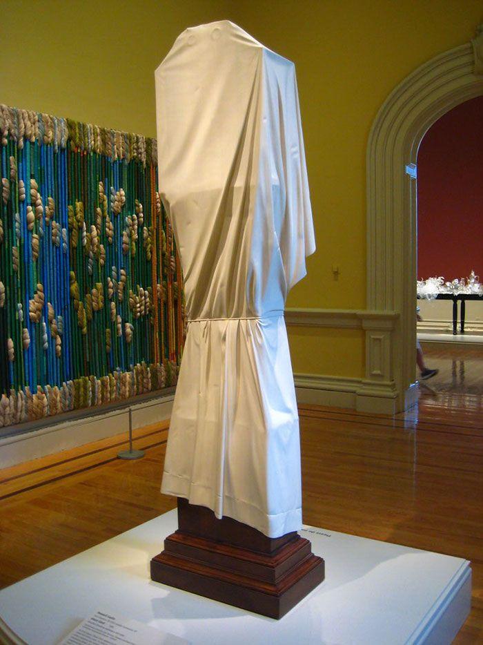Призрачные часы из музея американского искусства