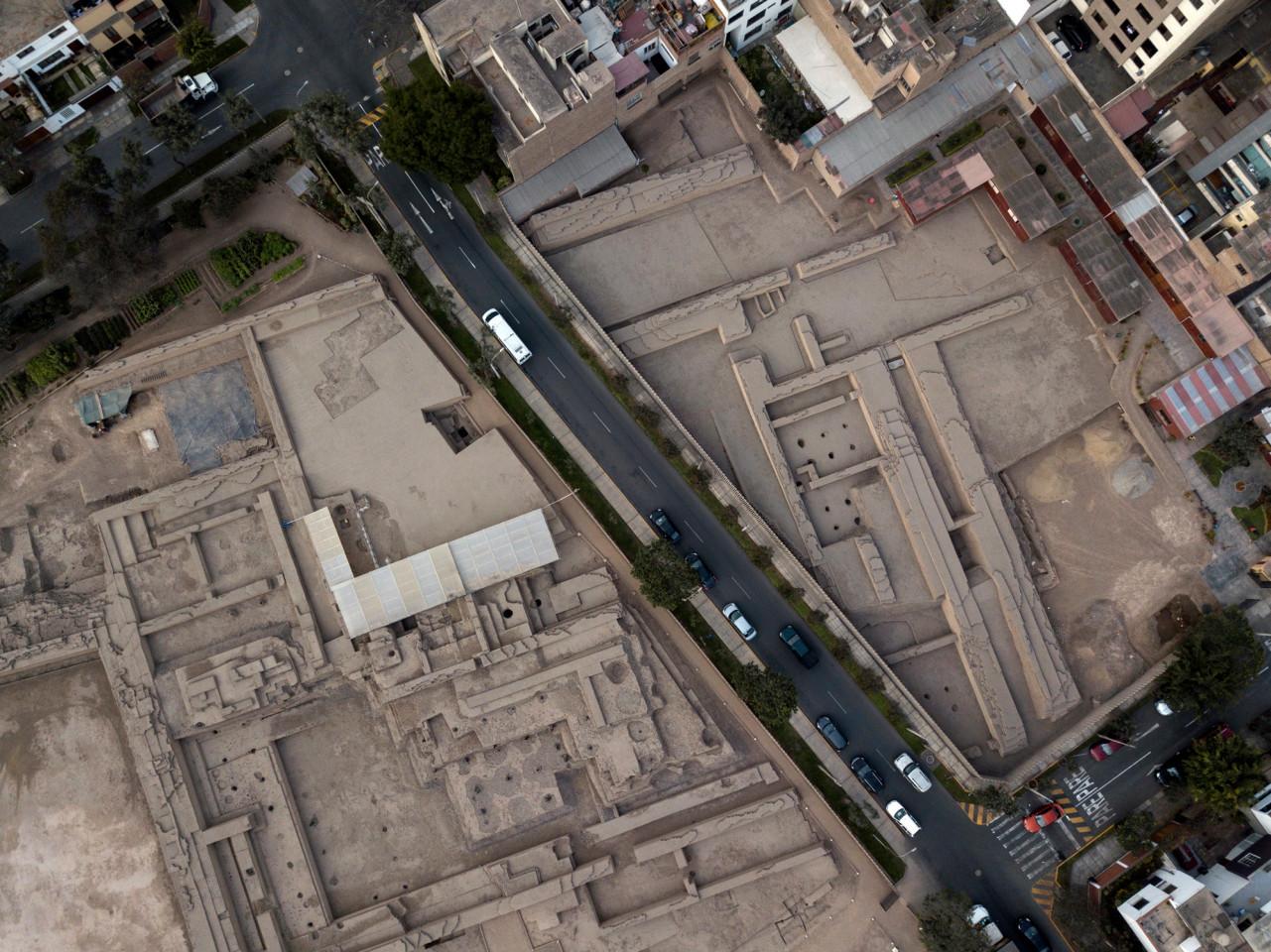 Разрастание городов угрожает древним руинам в Перу
