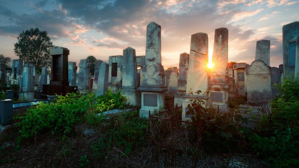 Самые красивые кладбища мира от Лорен Роадс