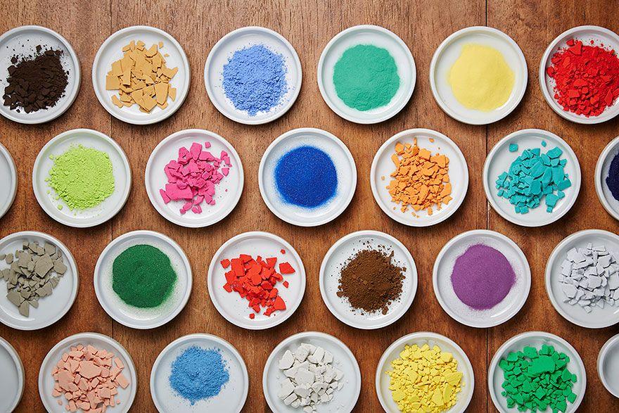 4200 пигментов в японском магазине красок