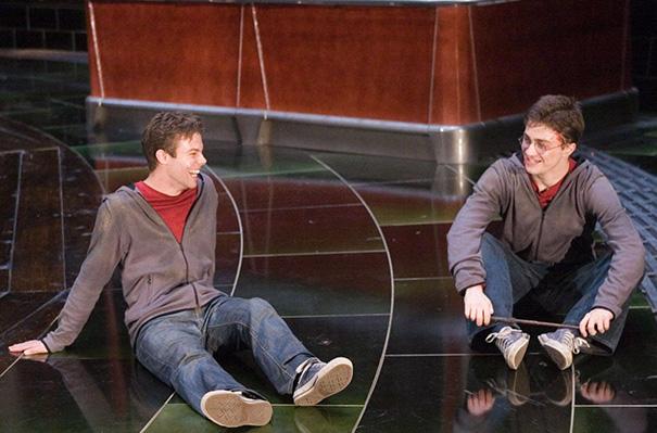 Киноактеры и их дублеры на съемочных площадках