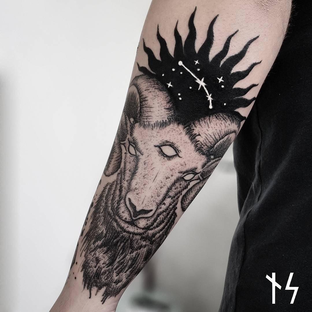 Звёздные татуировки от Ника Скуаре