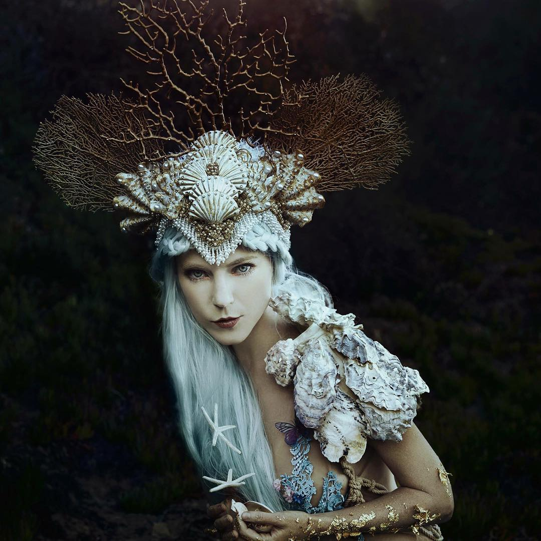Сказочные женские портреты от Беллы Котак