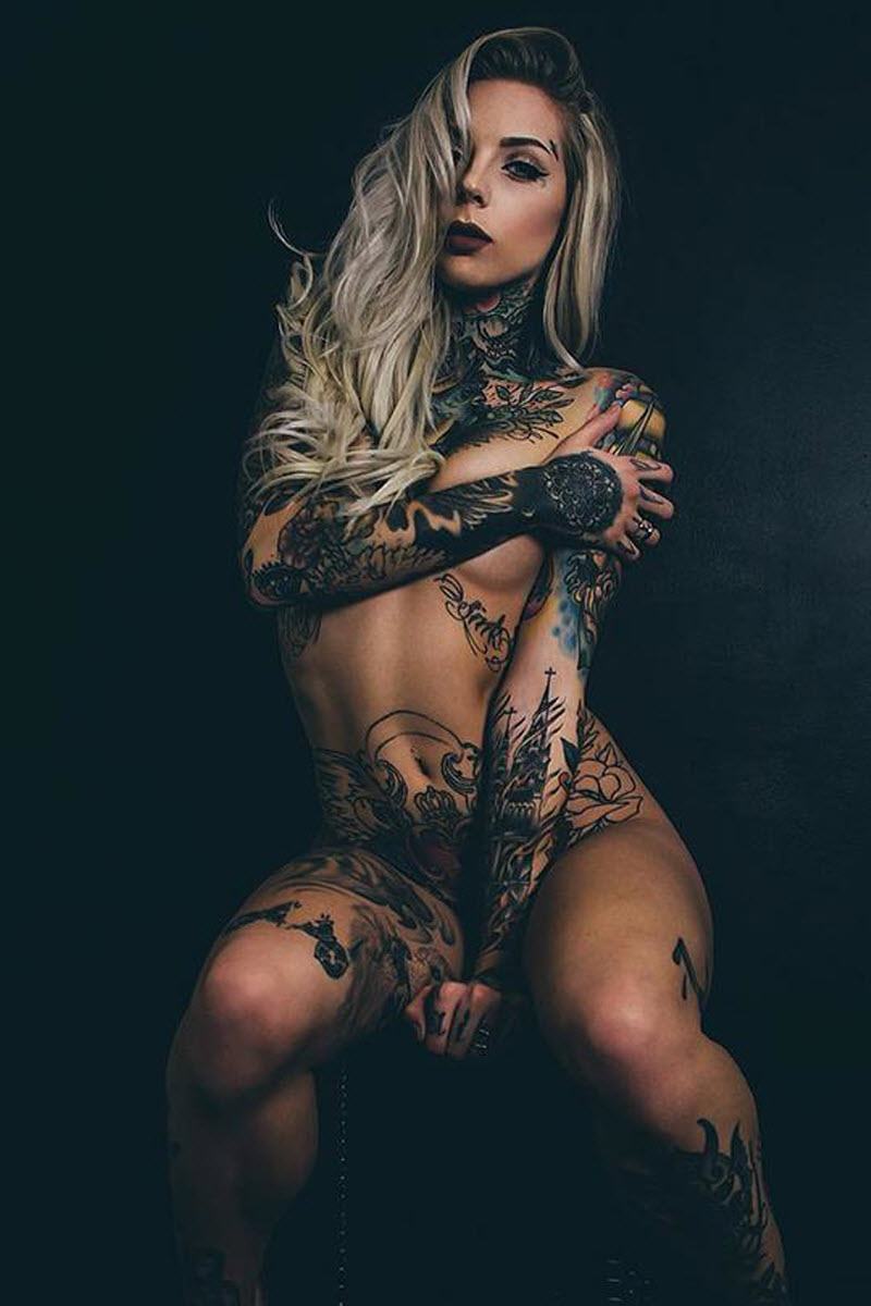 Девушки с татуировками