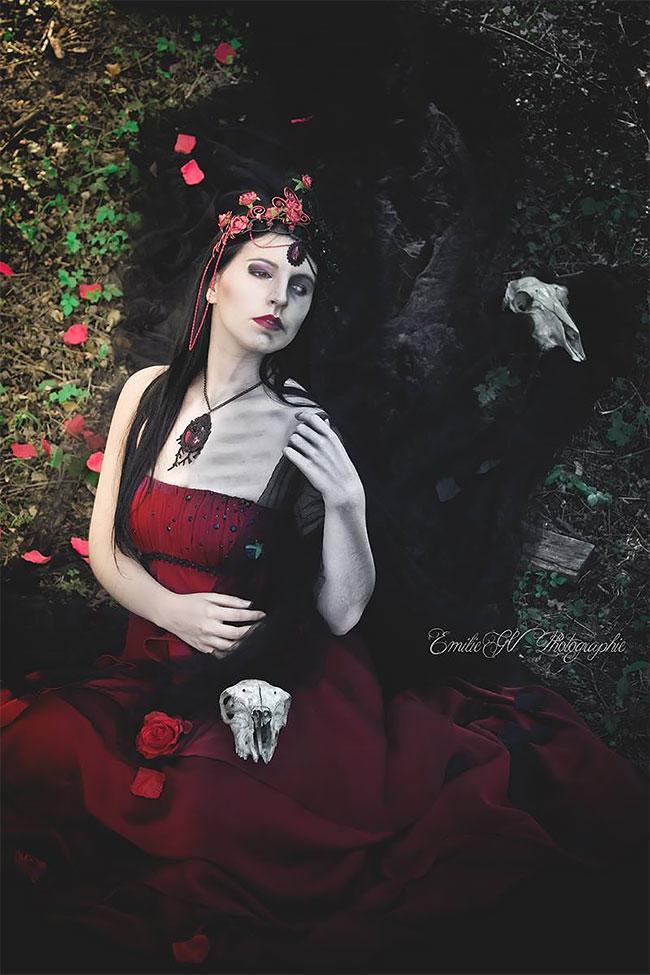 Королевы мрака на снимках болгарского фотографа
