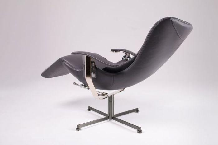 Rolls-Royce представил кресло Elysium-R