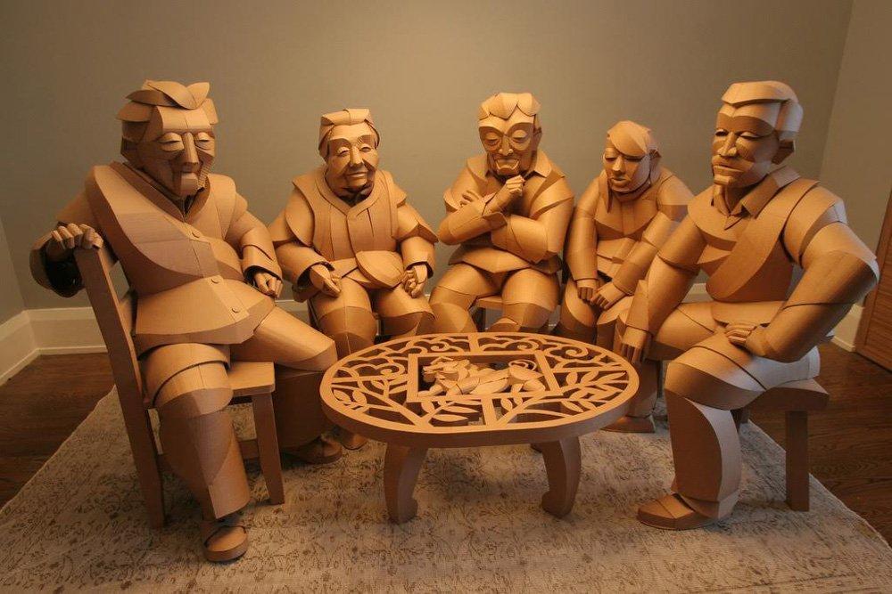 Картонные скульптуры жителей китайской деревни