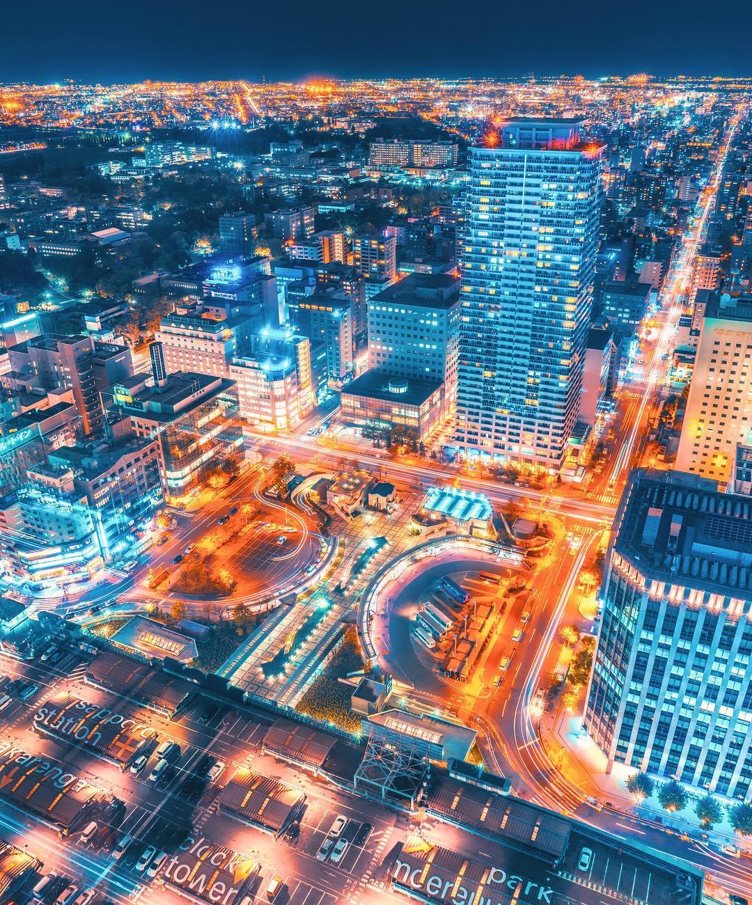 Яркие ночные снимки Токио от Наохиро Яко