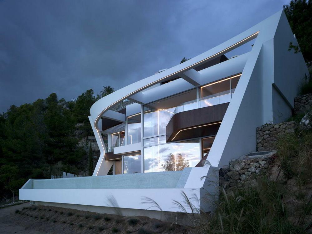 Современный загородный дом у моря в Испании