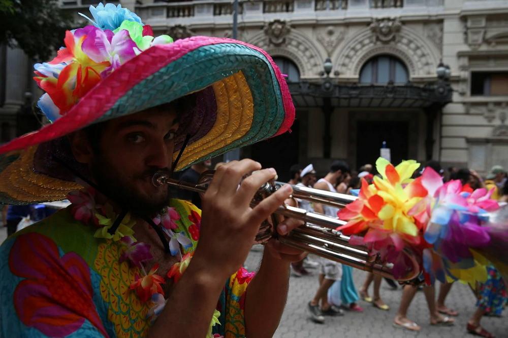 Праздничная атмосфера в Рио-де-Жанейро