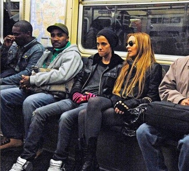 Знаменитости в нью-йоркском метро