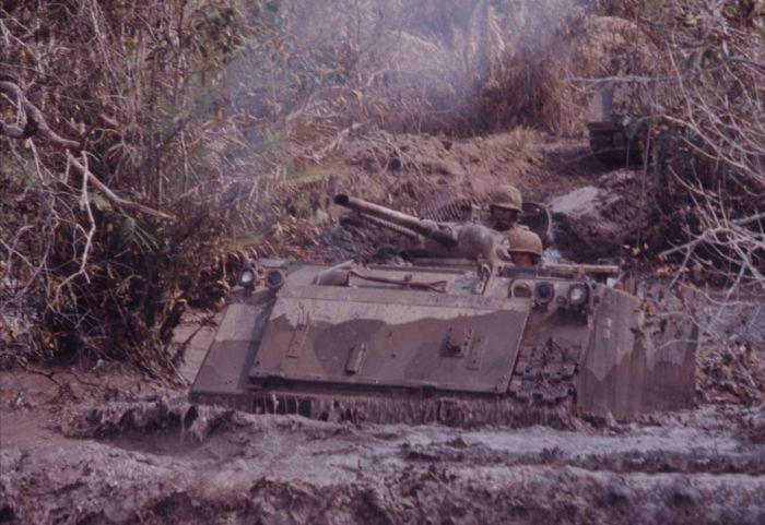 Цветные фото войны во Вьетнаме
