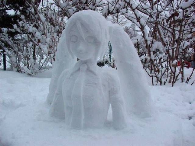 Японцы налепили потрясающих снеговиков