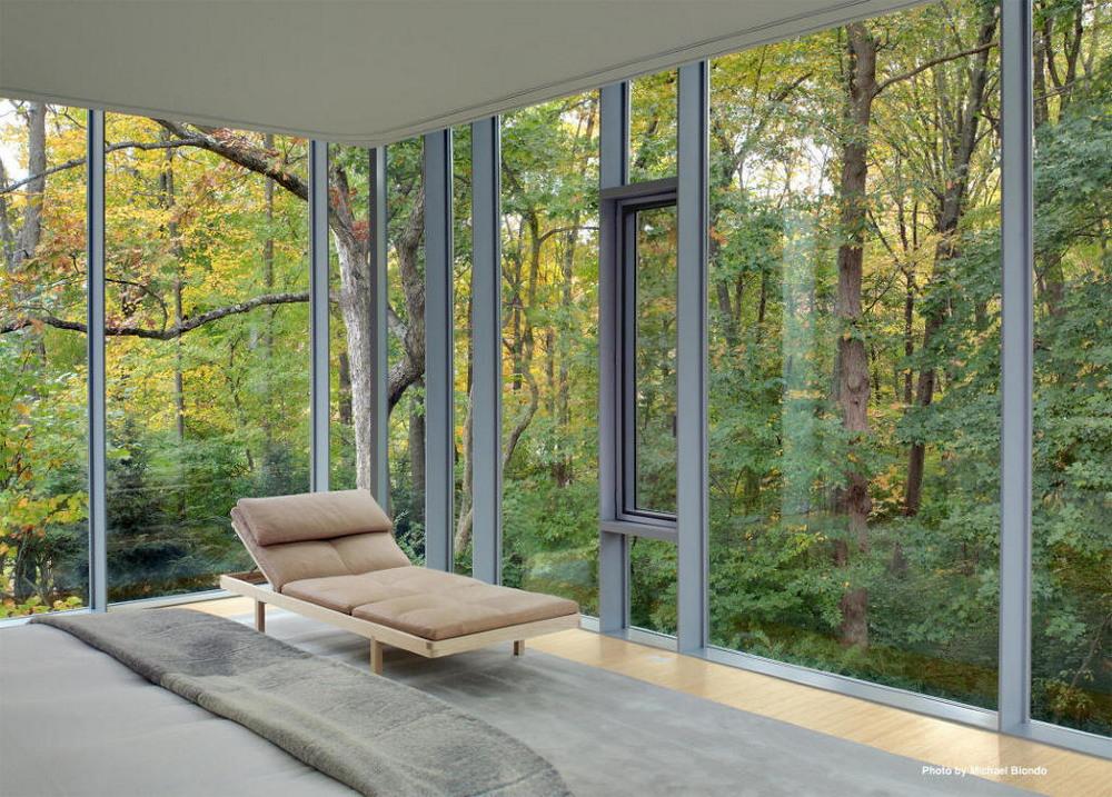 Стеклянная пристройка дома в Коннектикуте