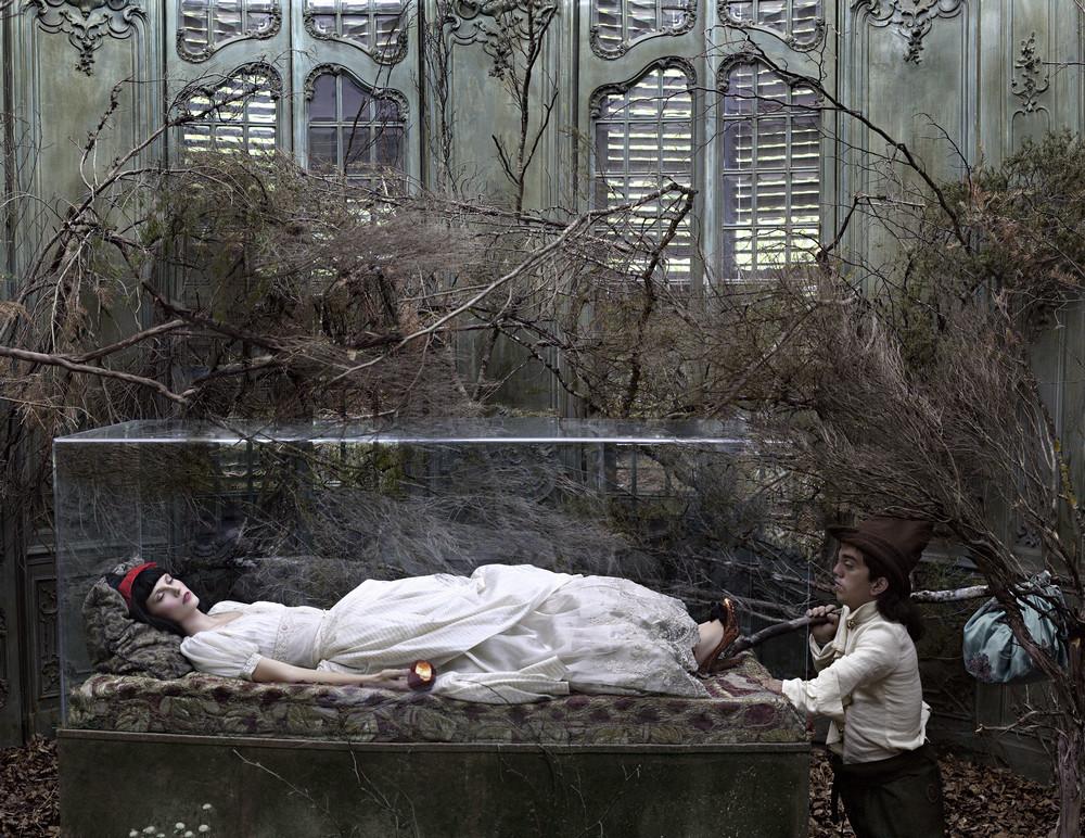 Сказочные сюжеты на фотоснимках Эухенио Рекуэнко