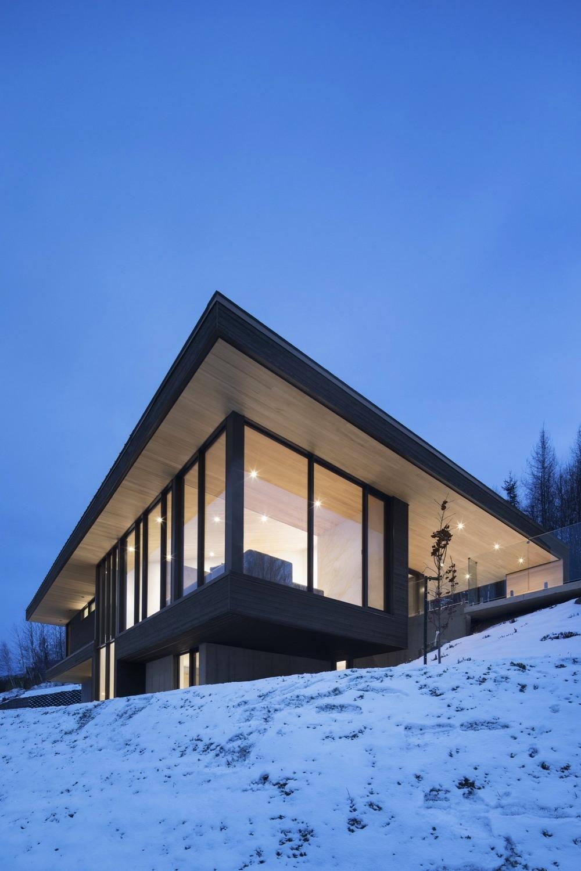 Вилла у горнолыжного курорта Ле Релэ