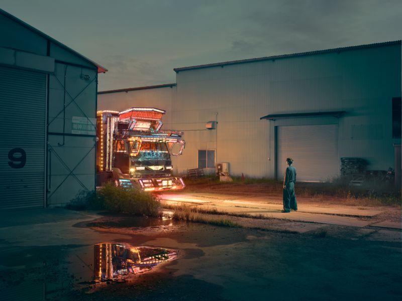 Японские грузовики с невероятным убранством