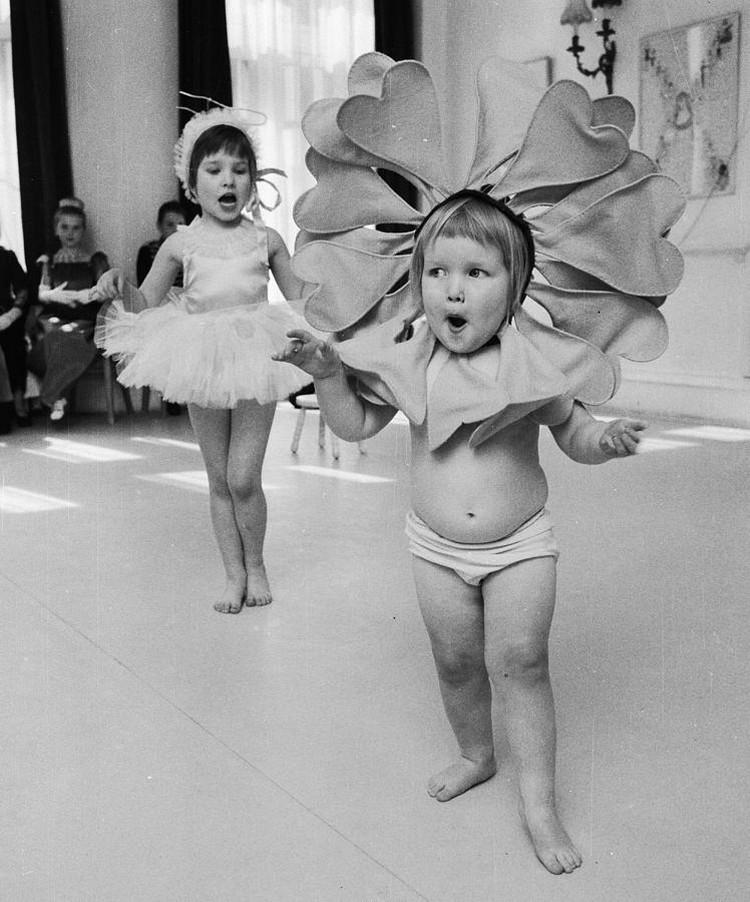 Дети и животные на снимках Джона Дрисдейла