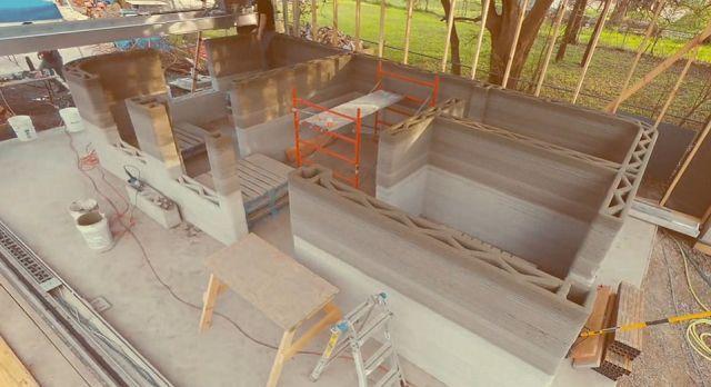 Распечатанные 3D-дома из цемента строятся за сутки