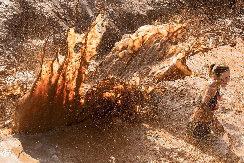 Гонка по воде и грязи в Тель-Авиве