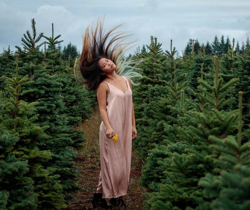 Девушки и автопортреты от Марины Чой