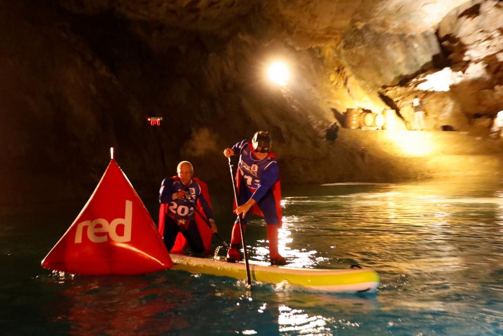 Сапсёрфинг по подводным озёрам Швейцарии