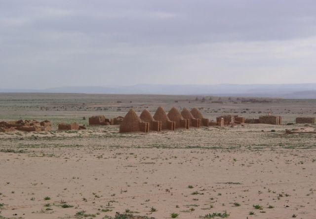 Заброшенная марокканская воинская часть в Западной Сахаре