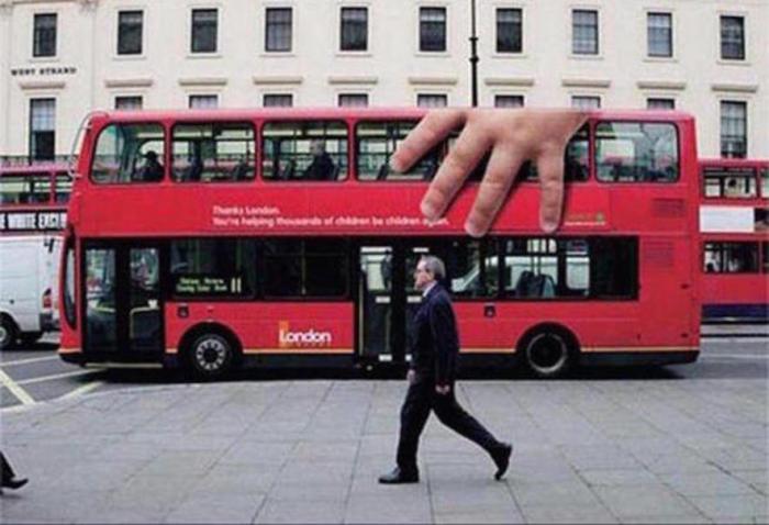 Креативная реклама на автобусах