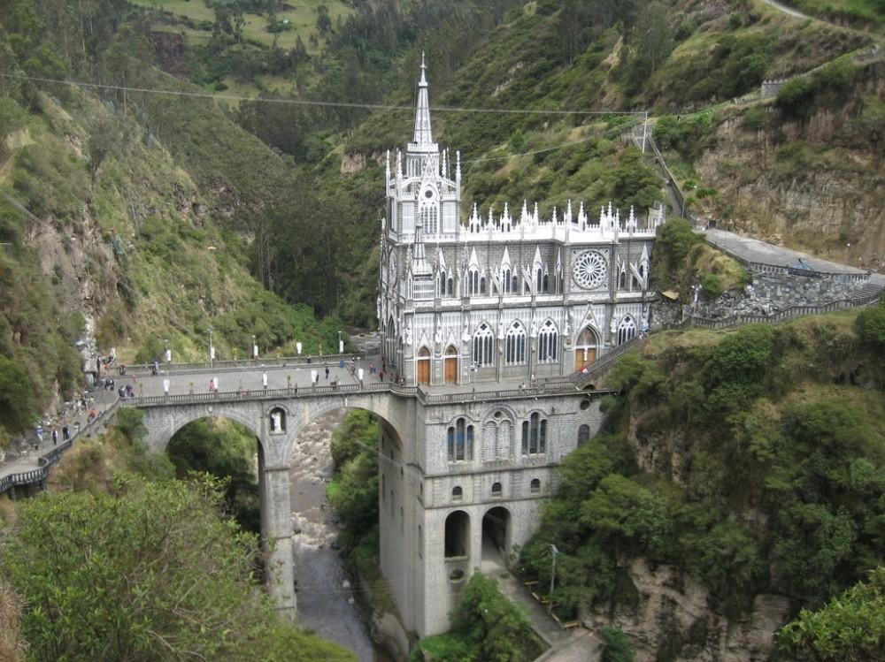 24 уникальных храма, от вида которых захватывает дух