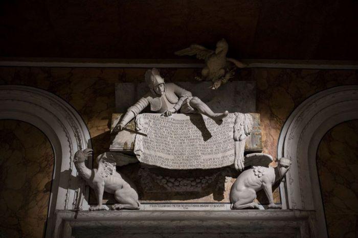 Скульптуры Музея Капеллы Сан-Северо в Неаполе