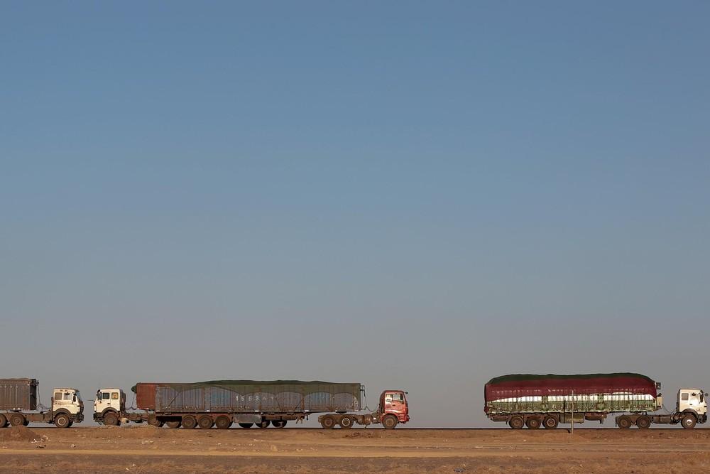 Нелегкий путь перевозчиков угля из Монголии в Китай