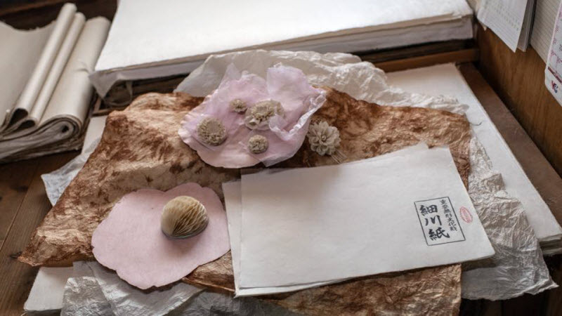 Изготовление традиционной бумаги в Японии
