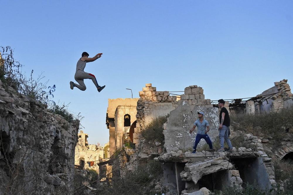 Паркур среди руин в Сирии