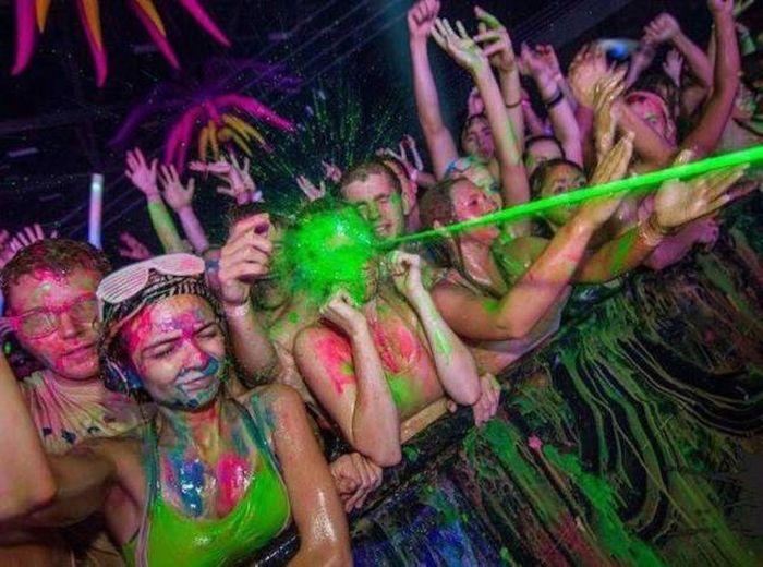 Забавные кадры с музыкальных фестивалей